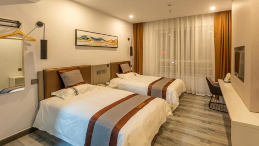 都市118连锁酒店(赤峰高铁站店)开业